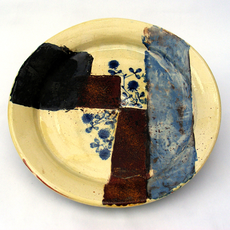 Platter with clover and rust