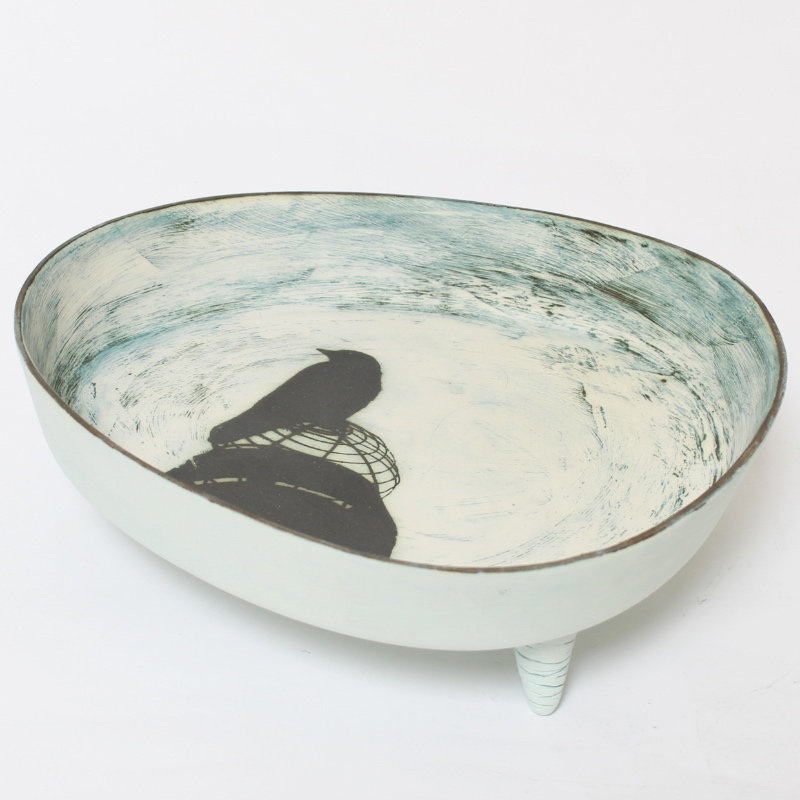 'Jackdaw' dish with feet